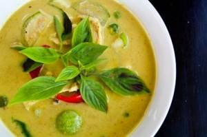 Green Chicken Curry Soup_1